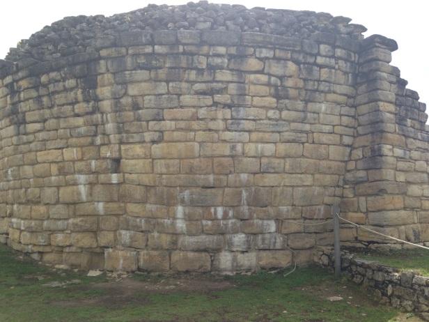 5À Chachapoyas, nous avons visité un site pré-Inca, Kuelap. Voilà quelques….jpeg