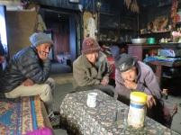 À 3600m, au lodge de Pickey Peak, on regarde une petite vidéo sur le pays Sherpa